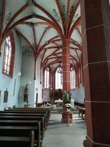 zweischiffige spätgotische Hallenkirche, Neuerburg